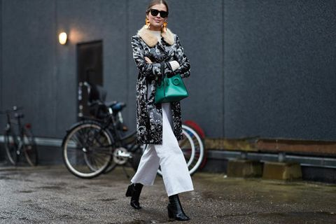 Street fashion, Clothing, Fashion, Fur, Outerwear, Snapshot, Eyewear, Footwear, Coat, Leggings,