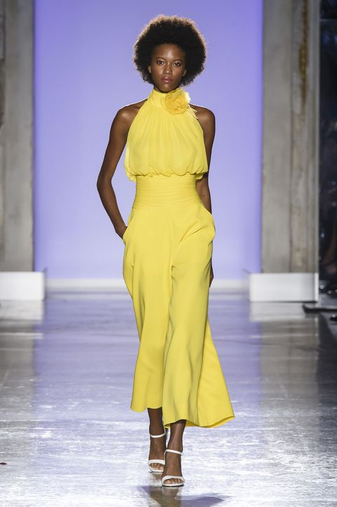 1b408b4aae3a Moda primavera estate 2019  il giallo è il colore da amare