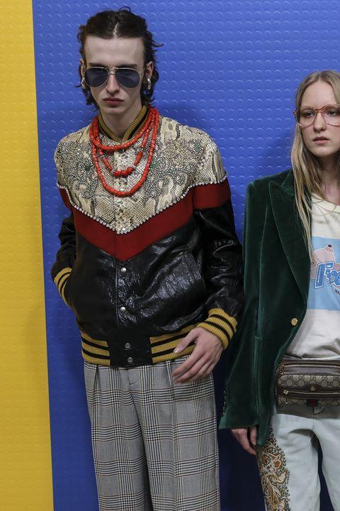 224ad08ec14ec La moda uomo di Gucci è un invito alla ribellione gucci uomo