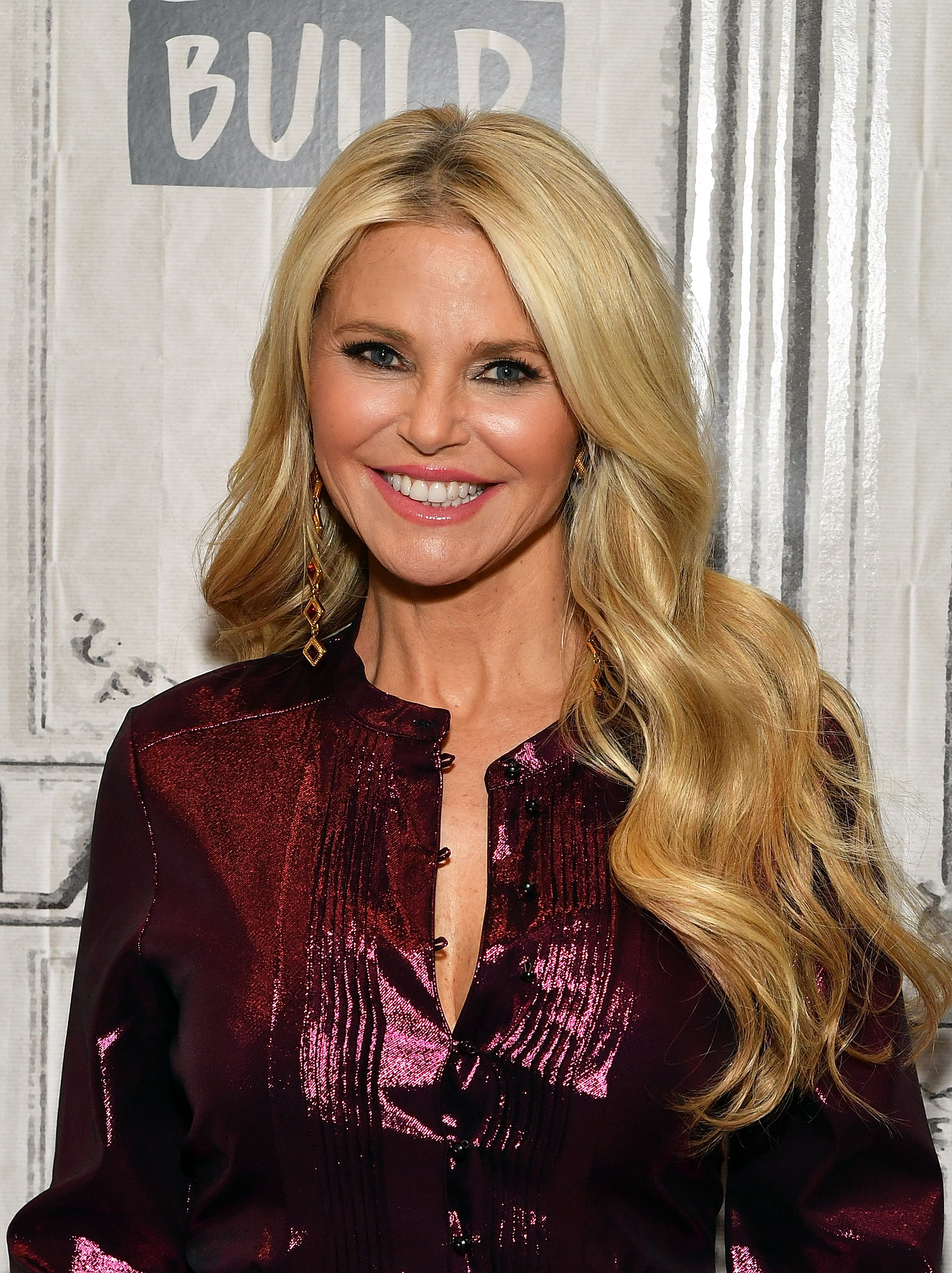 Christie Brinkley S 40 Best Health Habits To Stay In Shape