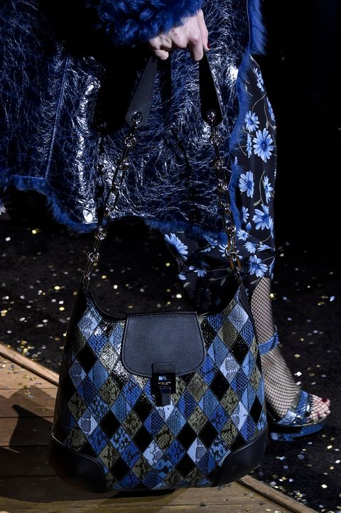 58 Top Fall Bag Trends 2019 from New York Fashion Week Runways 9899360643bd0