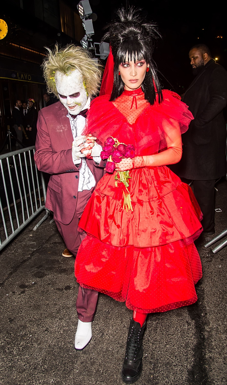 Vampire Couple Halloween Costumes.15 Best Scary Couples Costumes For Halloween 2020 Scary Costumes For Couples