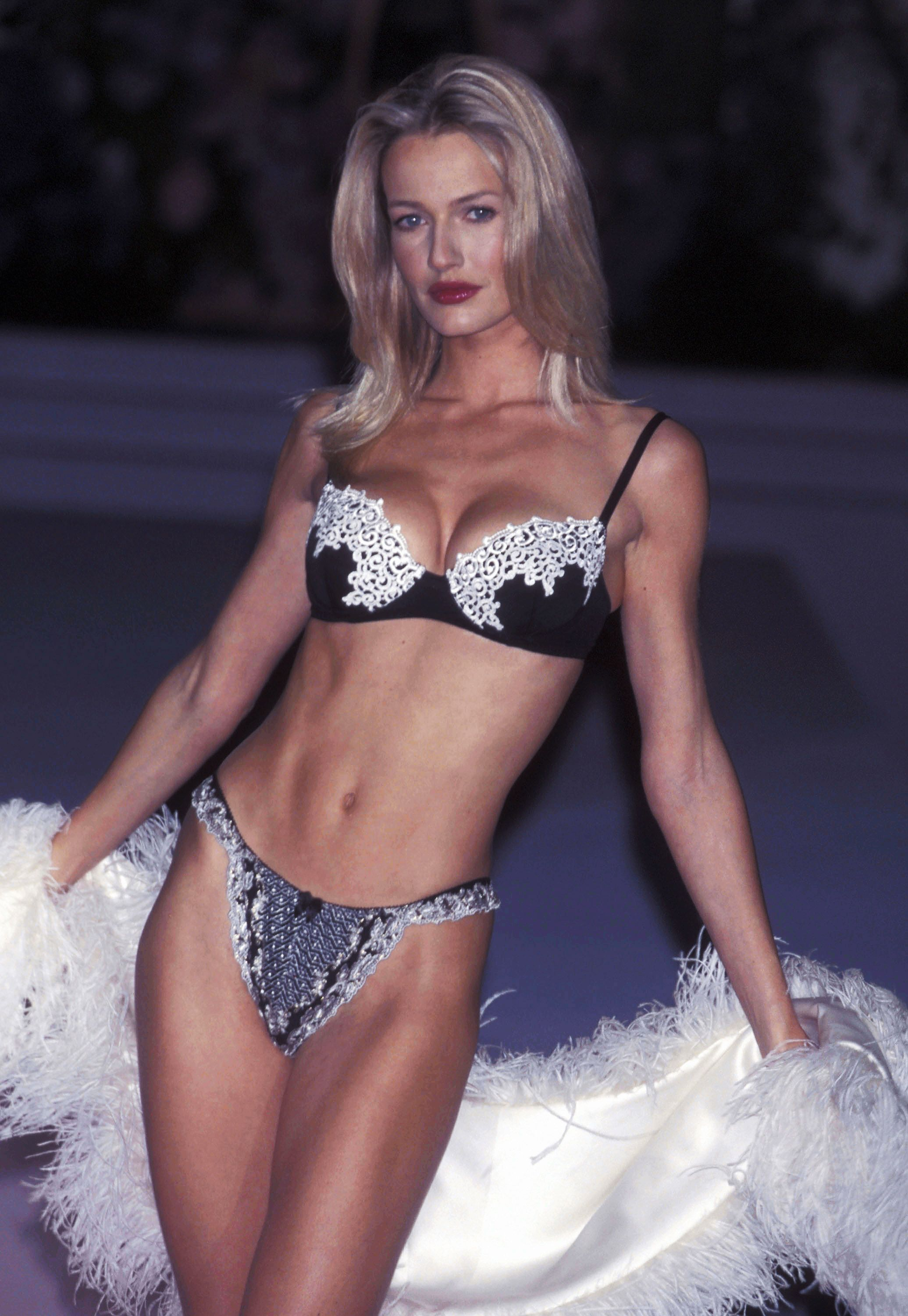 "Karen Mulder Mulder was one of the first Guess girls, as well as an original Victoria's Secret model. She graced the cover of Vogue nine times (including the 100th anniversary issue) and was known for her classic, timeless beauty—her nickname was even ""The Blonde with Class."""