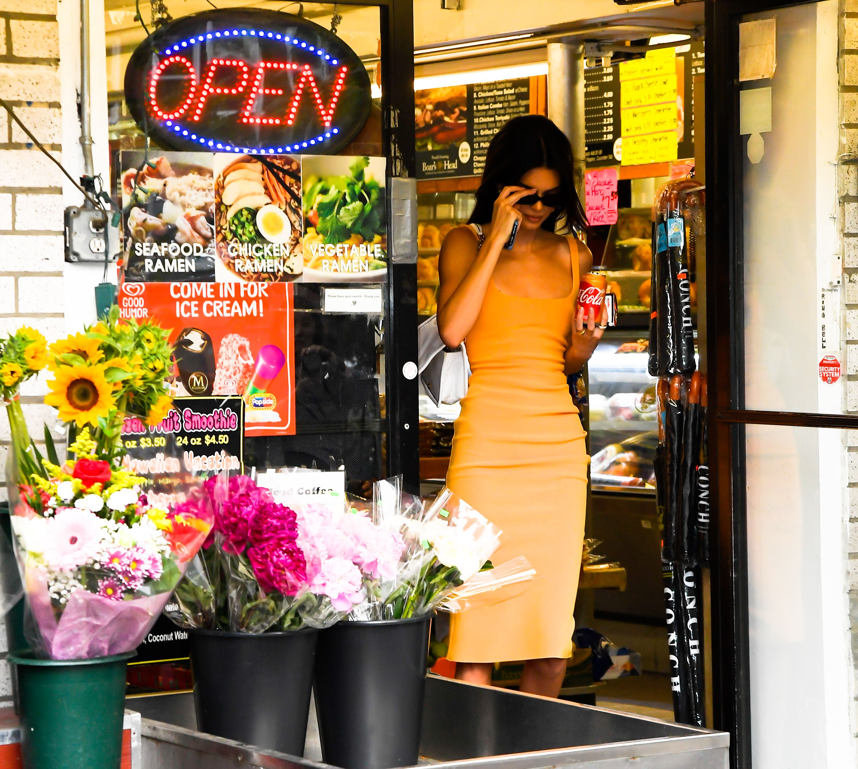 Kendall Jenner looked impossibly chic for a trip to the corner shop
