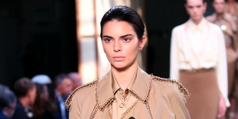 292234bb62ff Kendall Jenner Walks First Summer/Spring 2019 Fashion Show for Burberry