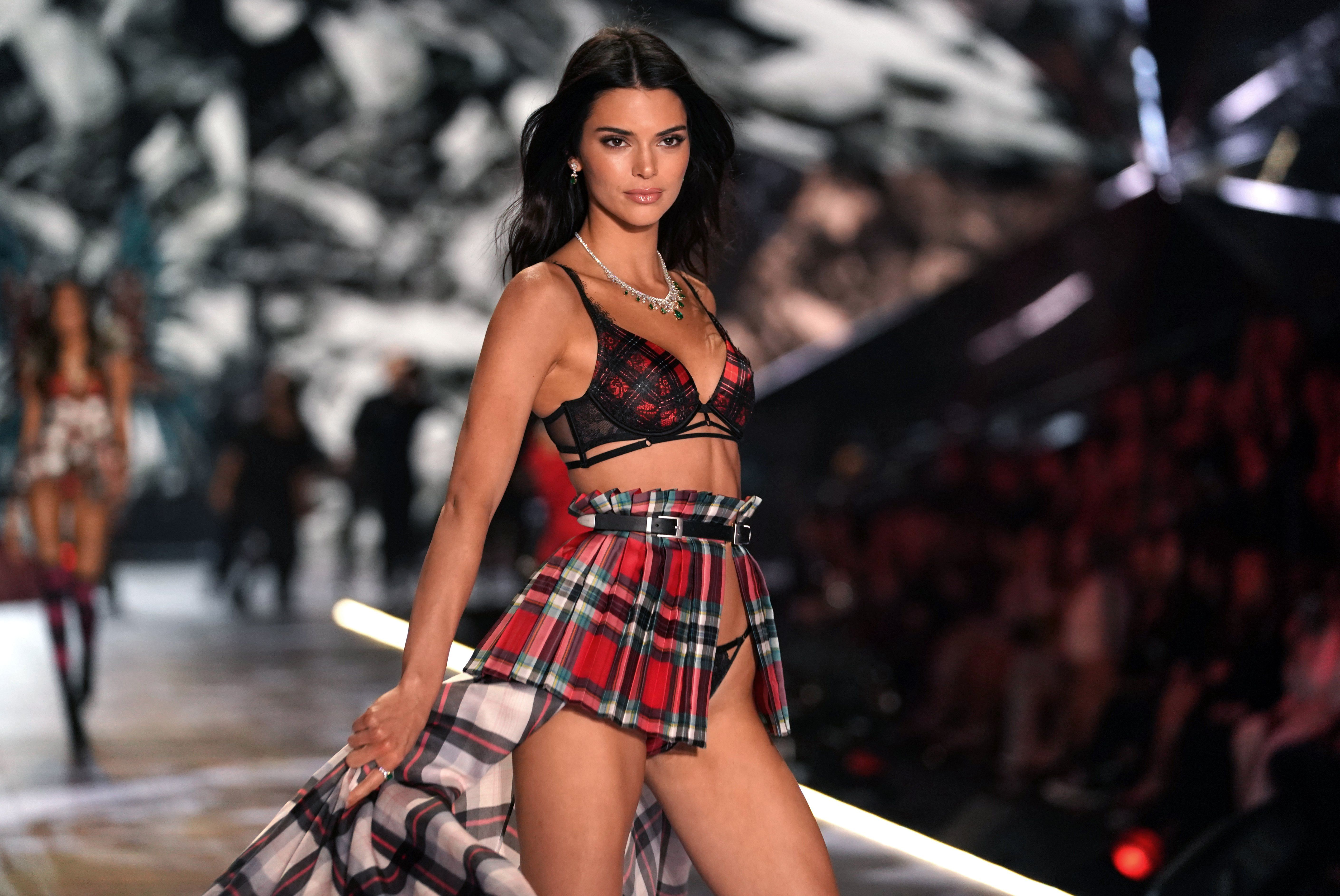 The 2019 Victoria's Secret Fashion Show Is Officially Canceled