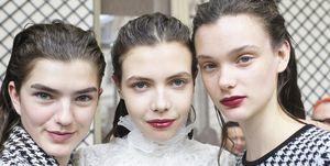 Giambattista Valli : Backstage - Paris Fashion Week Womenswear Fall/Winter 2017/2018
