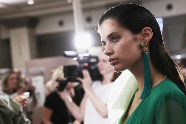 emmanuel ungaro  backstage   paris fashion week womenswear springsummer 2017