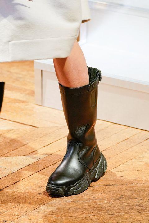 vivienne westwood  runway   paris fashion week womenswear fallwinter 20202021