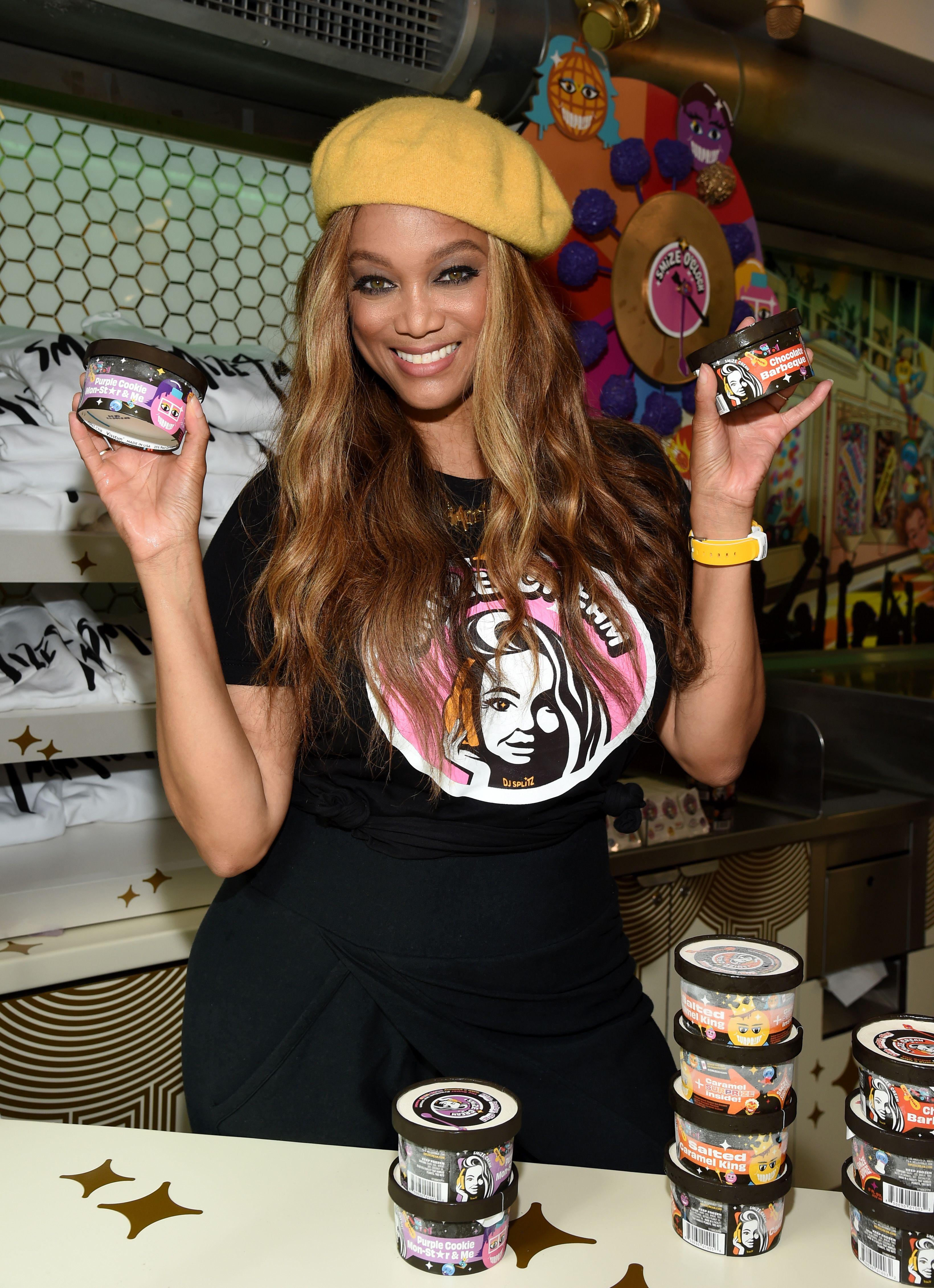 Cos'è Smize, il nuovo marchio di gelati fondato da Tyra Banks e dedicato alle memorie d'infanzia