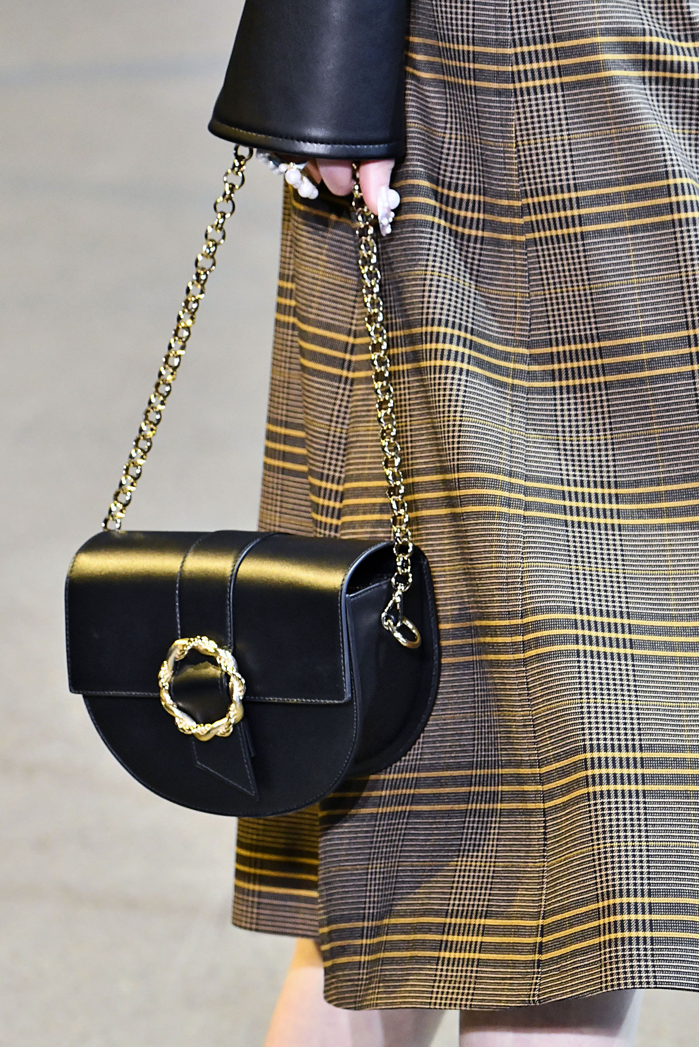 bad25a06be 58 Top Fall Bag Trends 2019 from New York Fashion Week Runways