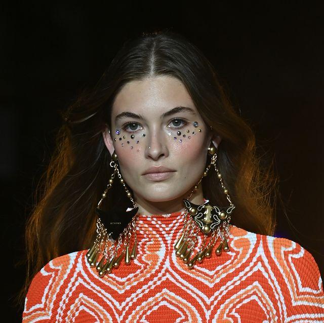 etro runway milan fashion week spring summer 2022
