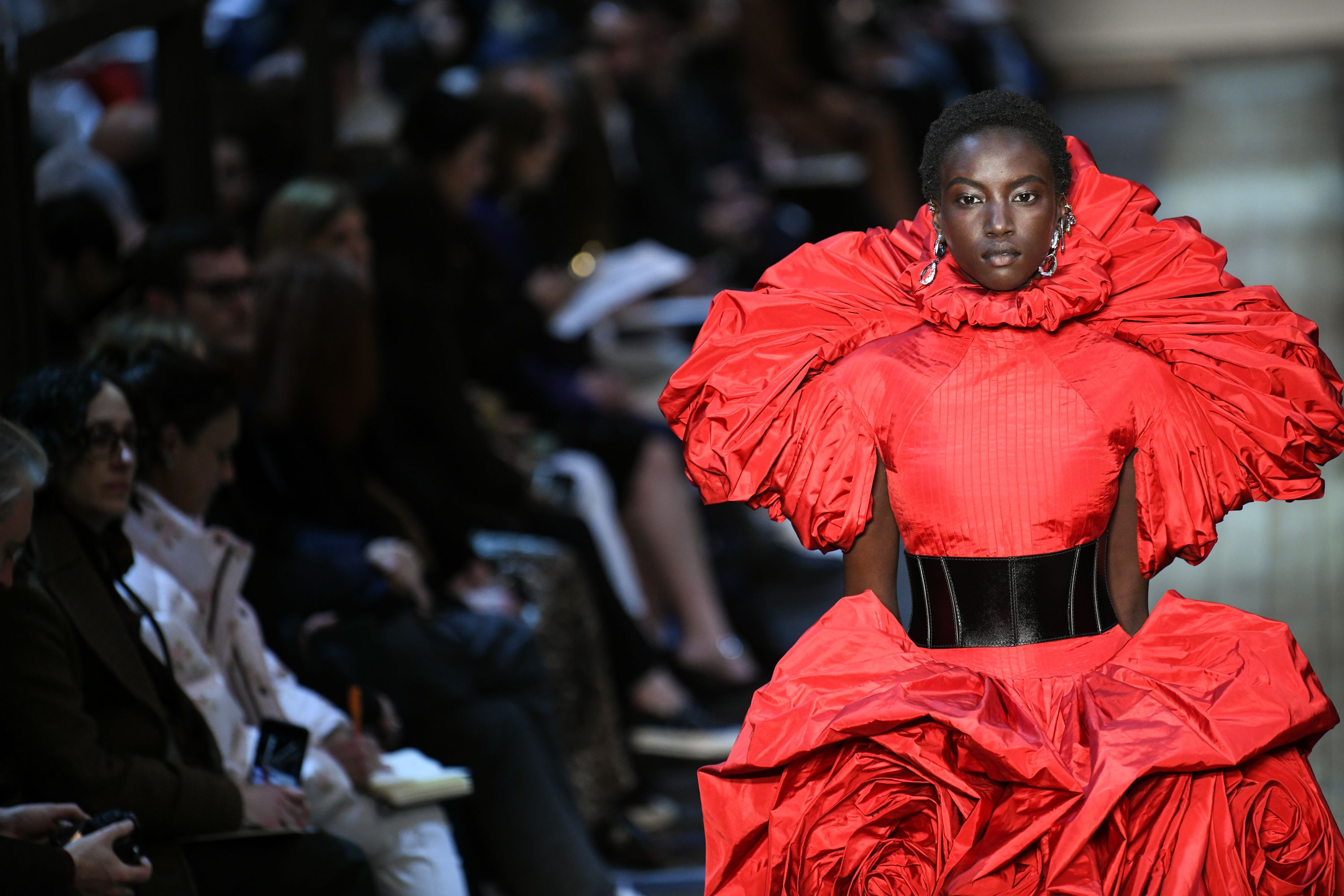 644d474acc8be All the Exquisite Details at Alexander McQueen's Fall 2019 Show