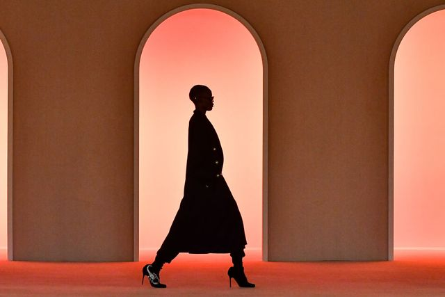 balmain  details   paris fashion week womenswear fallwinter 20202021