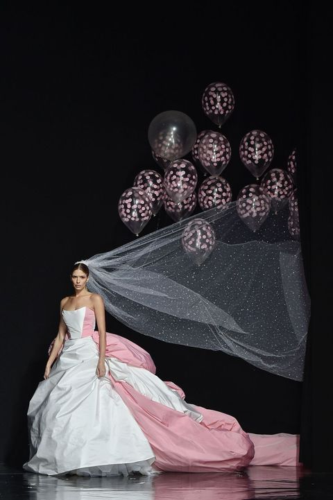 94f81686d4 The Most Extra Wedding Gown with Added Helium Balloons Just Took the Runway