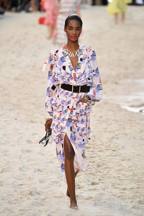c1f6721fba7 Chanel Spring 2019 Collection - Every Detail from the Spring 2019 ...