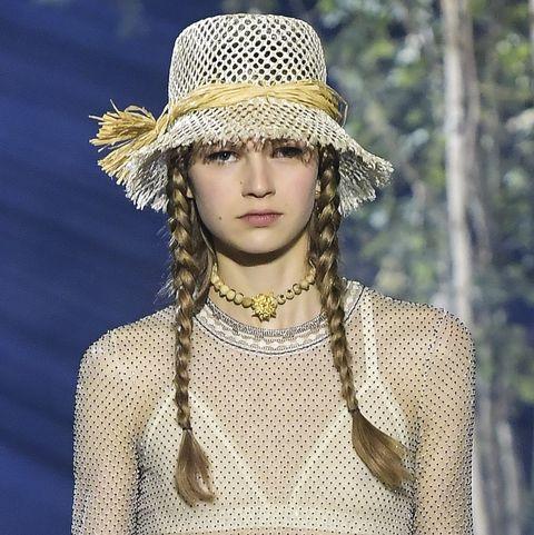 Christian Dior : Runway - Paris Fashion Week - Womenswear Spring Summer 2020