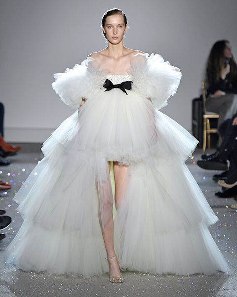 giambattista valli  runway   paris fashion week   haute couture spring summer 2019