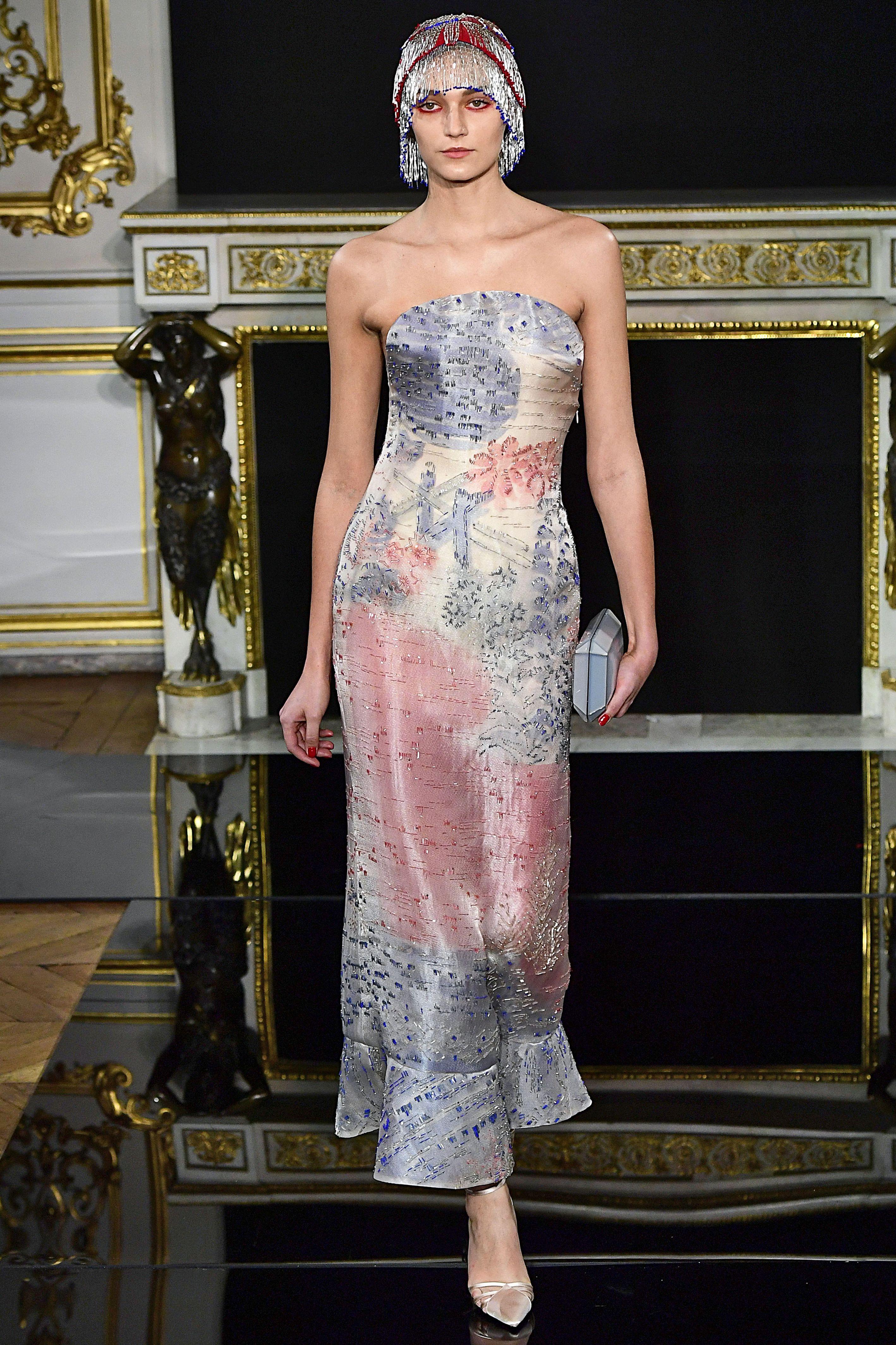 Giorgio Armani Prive : Runway - Paris Fashion Week - Haute Couture Spring Summer 2019