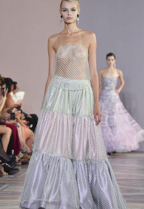 2c0b912c5c198 Giorgio Armani Prive : Runway - Paris Fashion Week - Haute Couture  Fall/Winter 2019