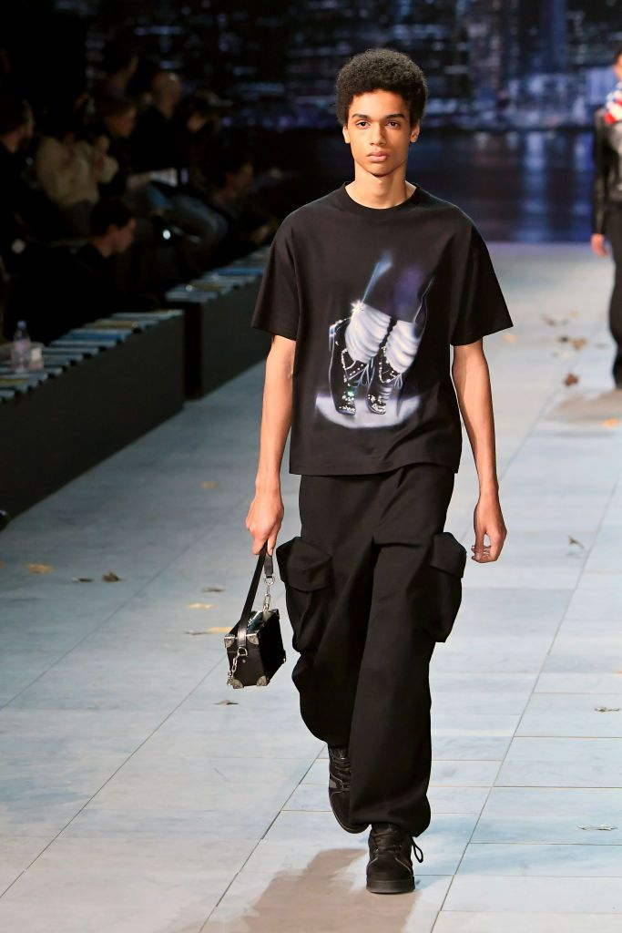 Louis Vuitton: Runway - Semana de Moda de Paris - Moda Masculina F / W 2019-2020