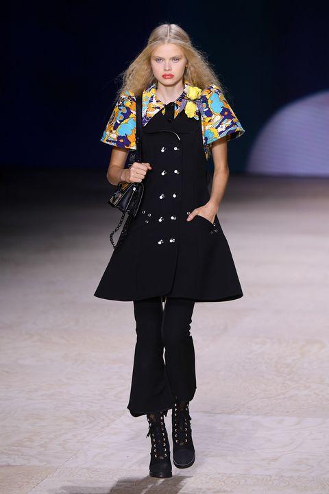Louis Vuitton : Runway - Paris Fashion Week - Womenswear Spring Summer 2020