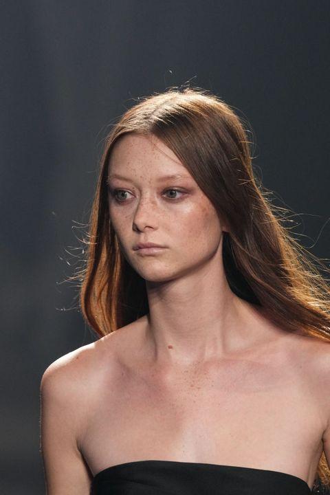 tendenze makeup primavera estate 2022 i look dalle sfilate