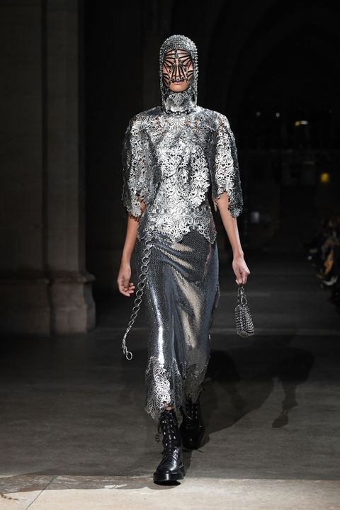 fall, paris fashion week, fashion week, designer, fall winter 2020, runway, fall trends, autumn, autumn trends, paco rabanne, glitter, silver, dress, statement dress, metallic, metal