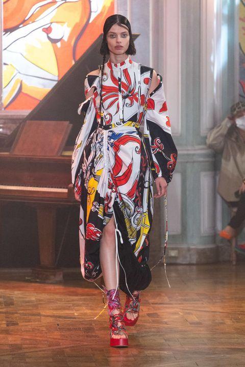 rochas runway spring summer 2022 paris fashion week