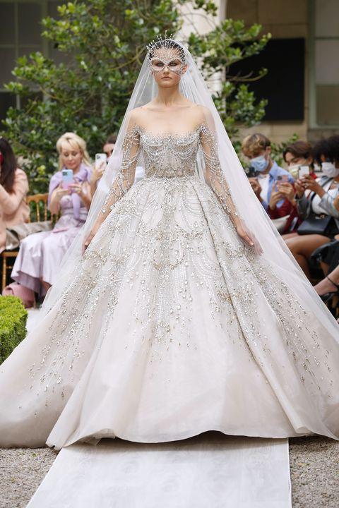 zuhair murad  runway   paris fashion week   haute couture fallwinter 20212022