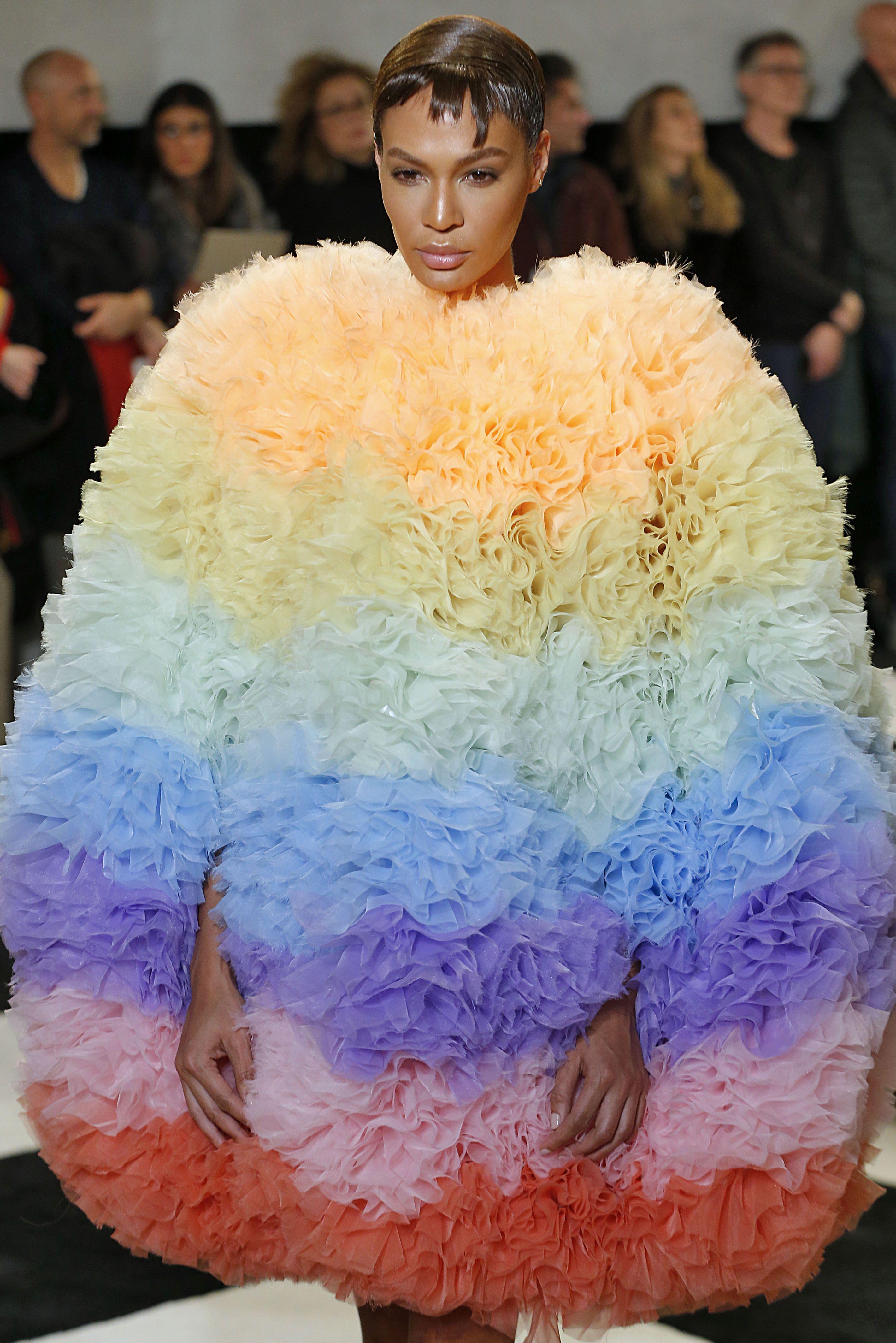 Tomo Koizumo - Runway - February 2019 - New York Fashion Week