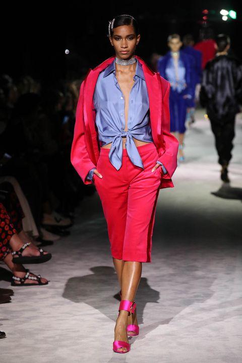 紐約時裝周2022春夏秀場盤點!moschino首登紐約辦秀、michael kors描繪美國甜心多樣形象