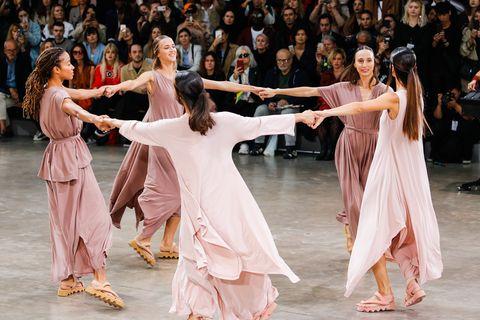 Issey Miyake : Runway - Paris Fashion Week - Womenswear Spring Summer 2020