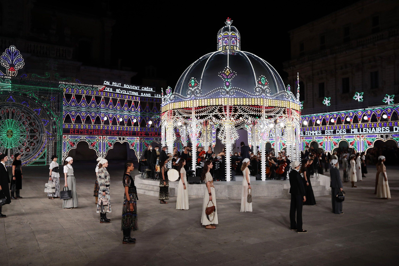 Christian Dior Cruise 2021 Maria Grazia Chiuri – Christian Dior's Cruise 2021 Collection Honors Italian Heritage