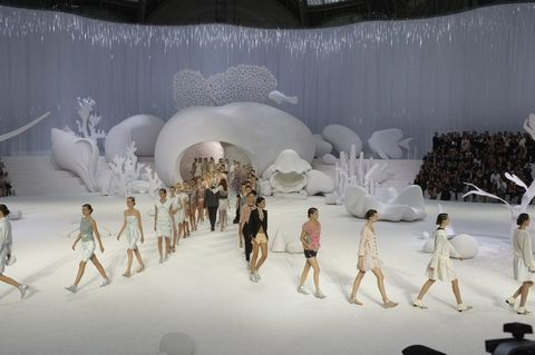 Chanel - Runway RTW - Spring 2012 - Paris Fashion Week