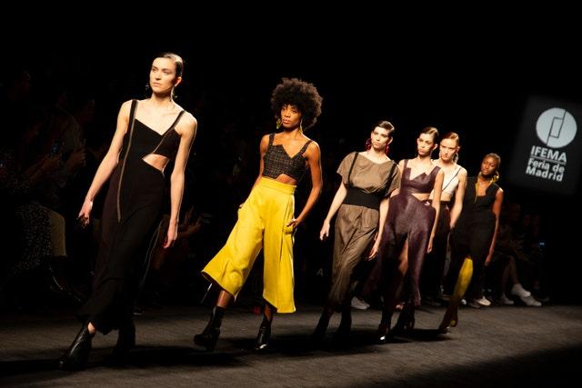 samsung ego   catwalks   mercedes benz fashion week madrid autumnwinter 2020 21