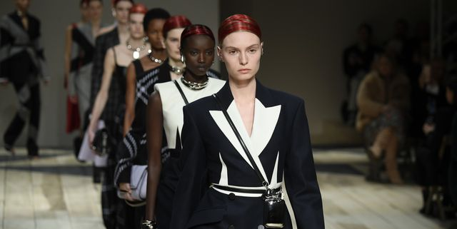 alexander mcqueen runway paris fashion week womenswear fall winter 2020 2021