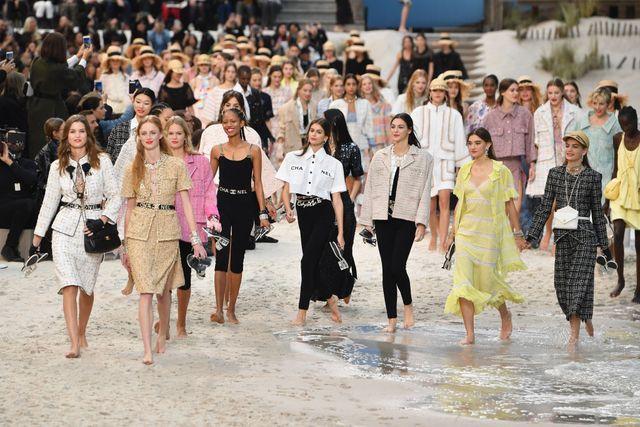 chanel  runway   paris fashion week womenswear springsummer 2019