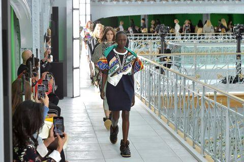 louis vuitton  runway   paris fashion week   womenswear spring summer 2021