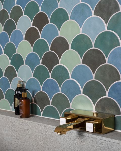walls and floors, achilles teal mix fish scale tiles