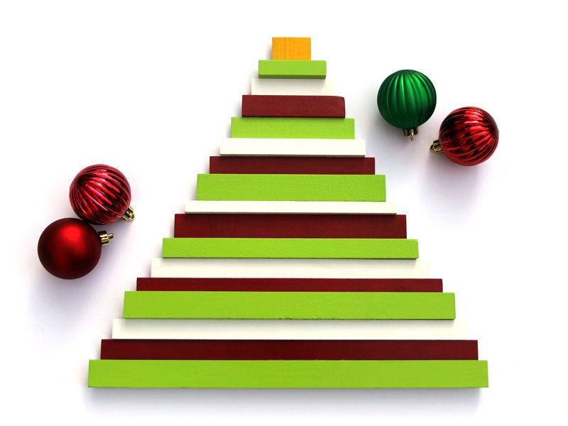 27 modern christmas trees for holiday decorations contemporary holiday trees - Modern Christmas Tree