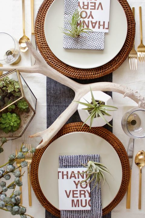modern desert thanksgiving table settings
