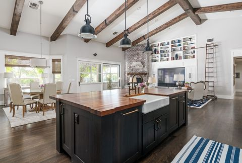 Adding These Upscale Features When Renovating Your Kitchen Could Make Your House Sell For 34 Percent More