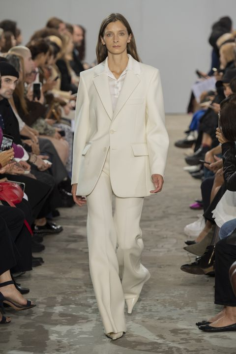 modetrend-2020-powersuit