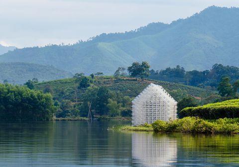 MODULE+, una instalacion de Nguyen Khac Phuoc Architects + Dang+Partners en mitad de los campos de té de Vietnam
