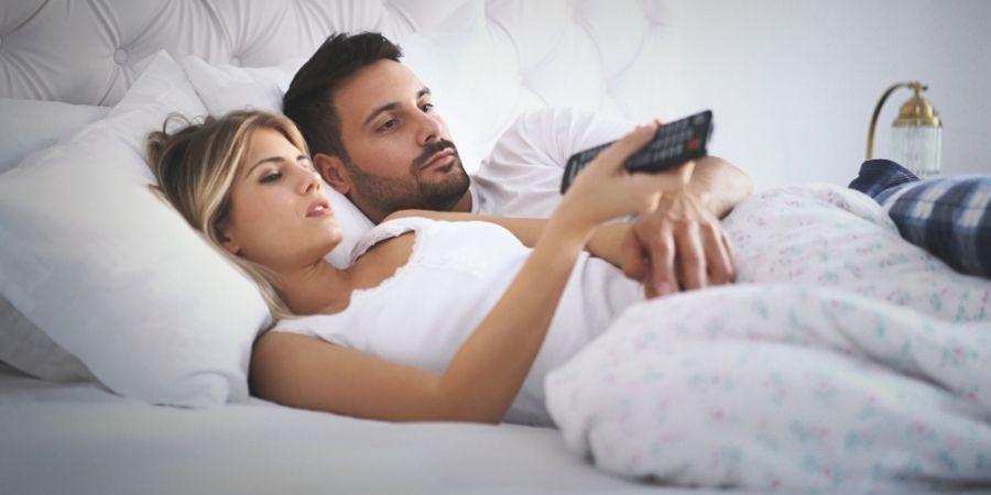 Hoe om te vertellen als je dating Hoe om te weten of hij wil hook up
