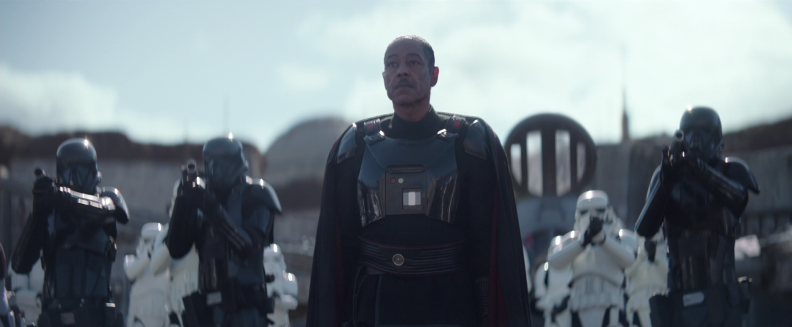 Moff Gideon on The Mandalorian Is Already a Legendary TV Villain