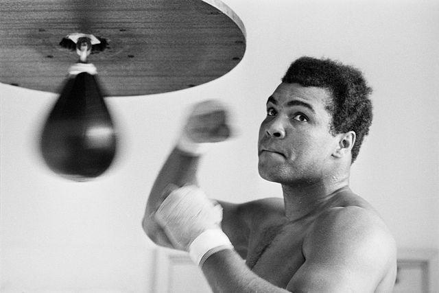 muhammad ali, leyenda del boxeo, una persona narcisista y agresiva