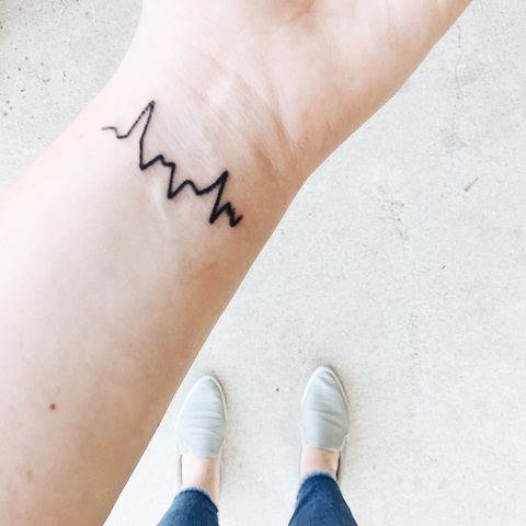 tattoo ideas and designs for moms - heartbeat tattoo