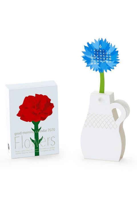 Vase, Flower, Plant, Cut flowers, Artifact, Gerbera, Paper, Artificial flower, Poppy, Poppy family,